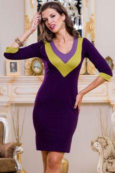 Повседневное трикотажное платье с V-образным вырезом Angela Ricci